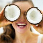 Aceite de coco y bicarbonato de sodio: Limpiar el rostro
