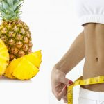 ¿Cómo puede bajar de peso con la piña en su dieta?