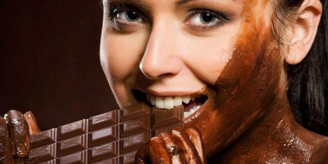 El chocolate ayuda a reducir enfermedades del corazón