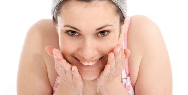 Los 6 mejores y económicos remedios caseros para curar el acné