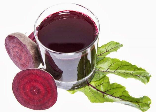 Jugo de manzana y remolacha para curar la anemia