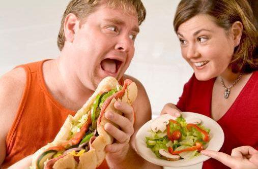 ¿Ayuda el consumir ensaladas de pepino para adelgazar?