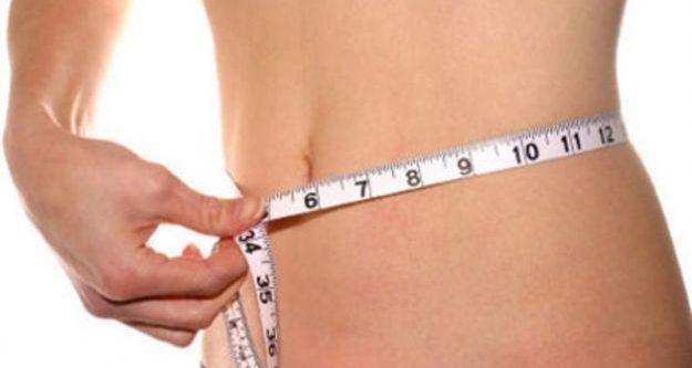 Bebida de ciruelas pasas para eliminar la grasa del vientre